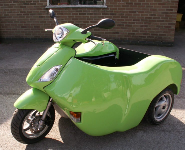 Lime Green Nippi 125cc - Piaggio Fly