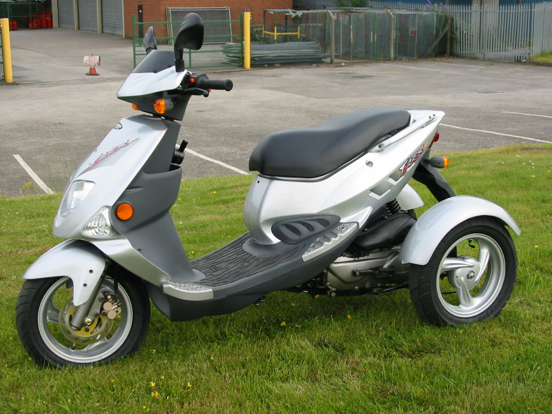 trippi-motability-scooter-for-disabled-010